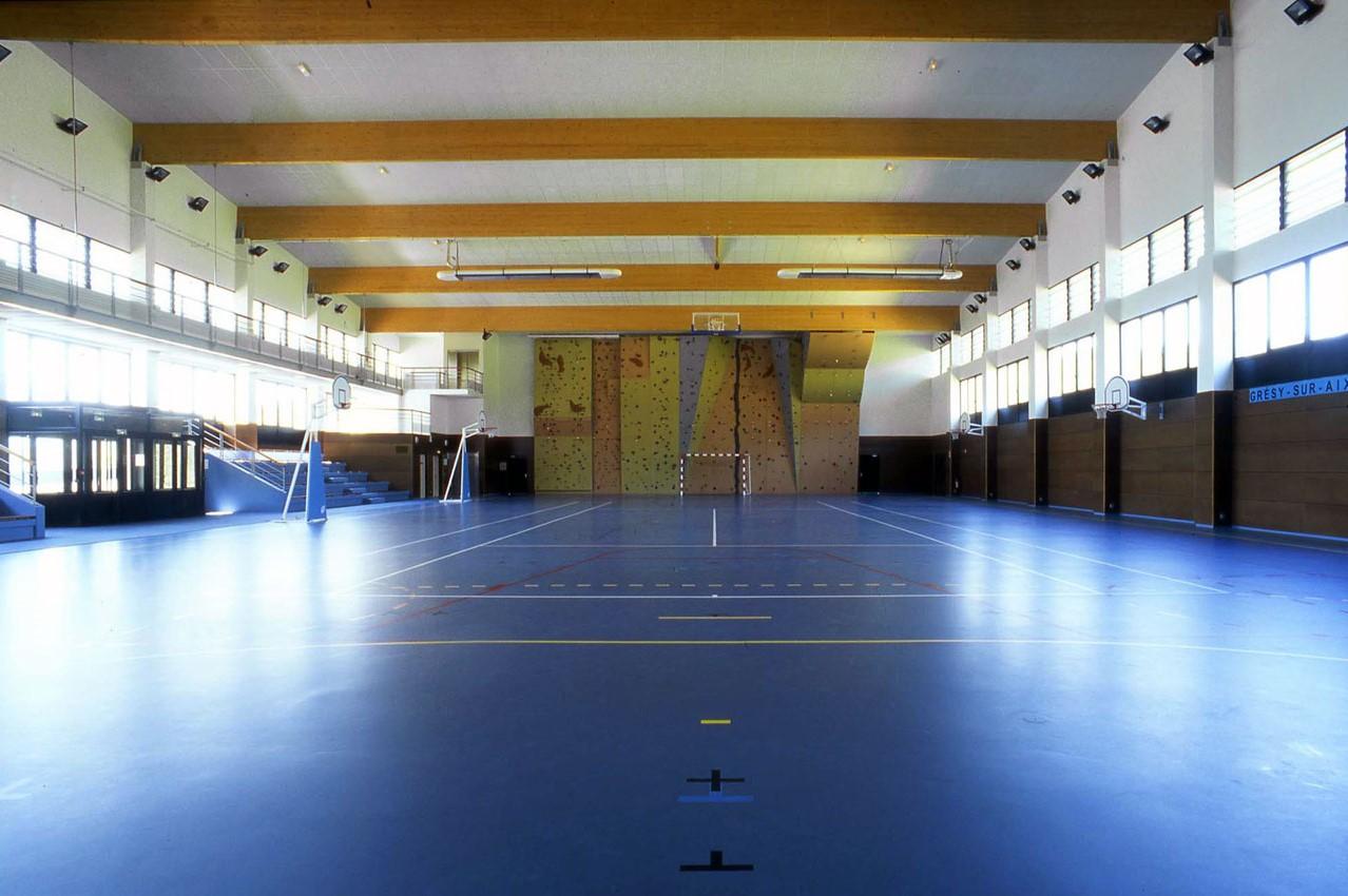 Complexe sportif boulodrome Gresy sur Aix